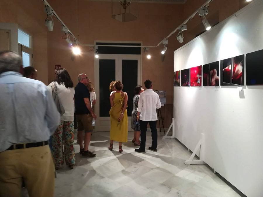 inauguración exposición colores