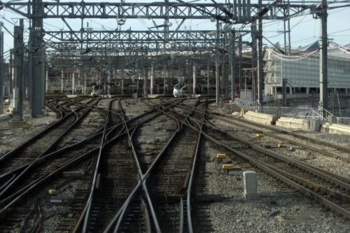Trenes - Antonio Montilla-Y ahora por donde