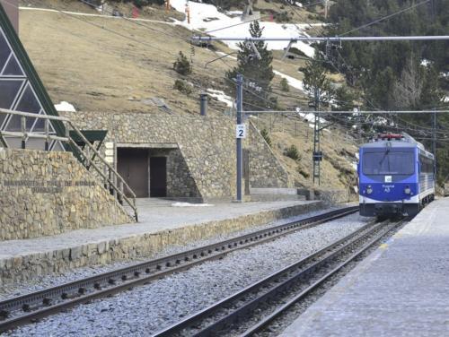 Trenes - turco (1)